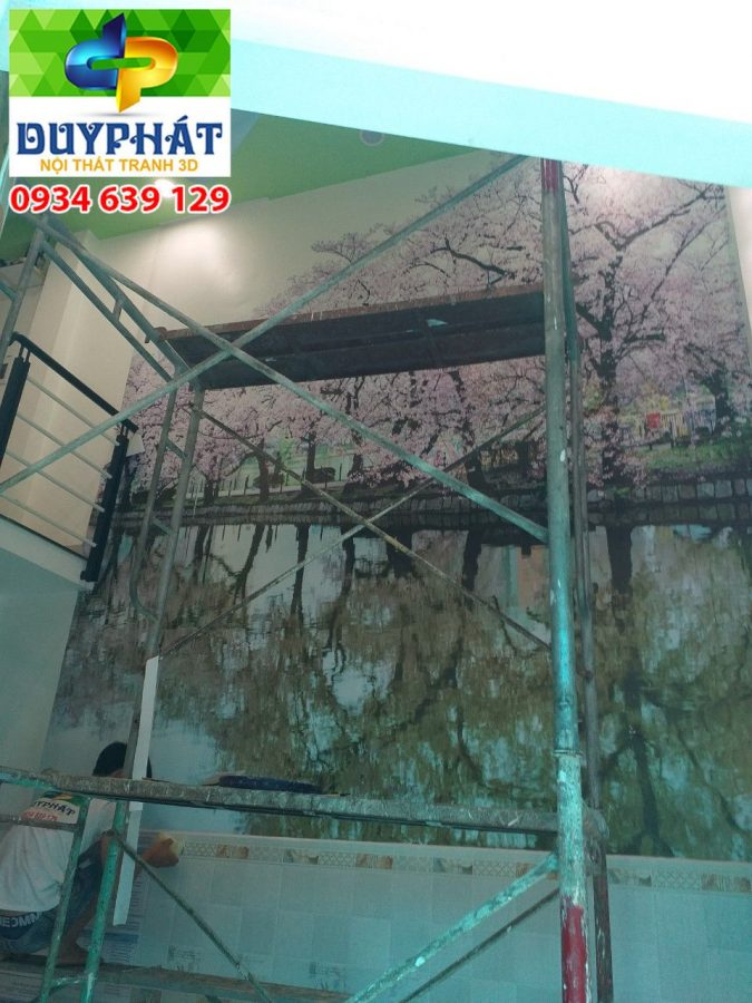 Thi công tranh dán tường nhà anh Hùng quận 9