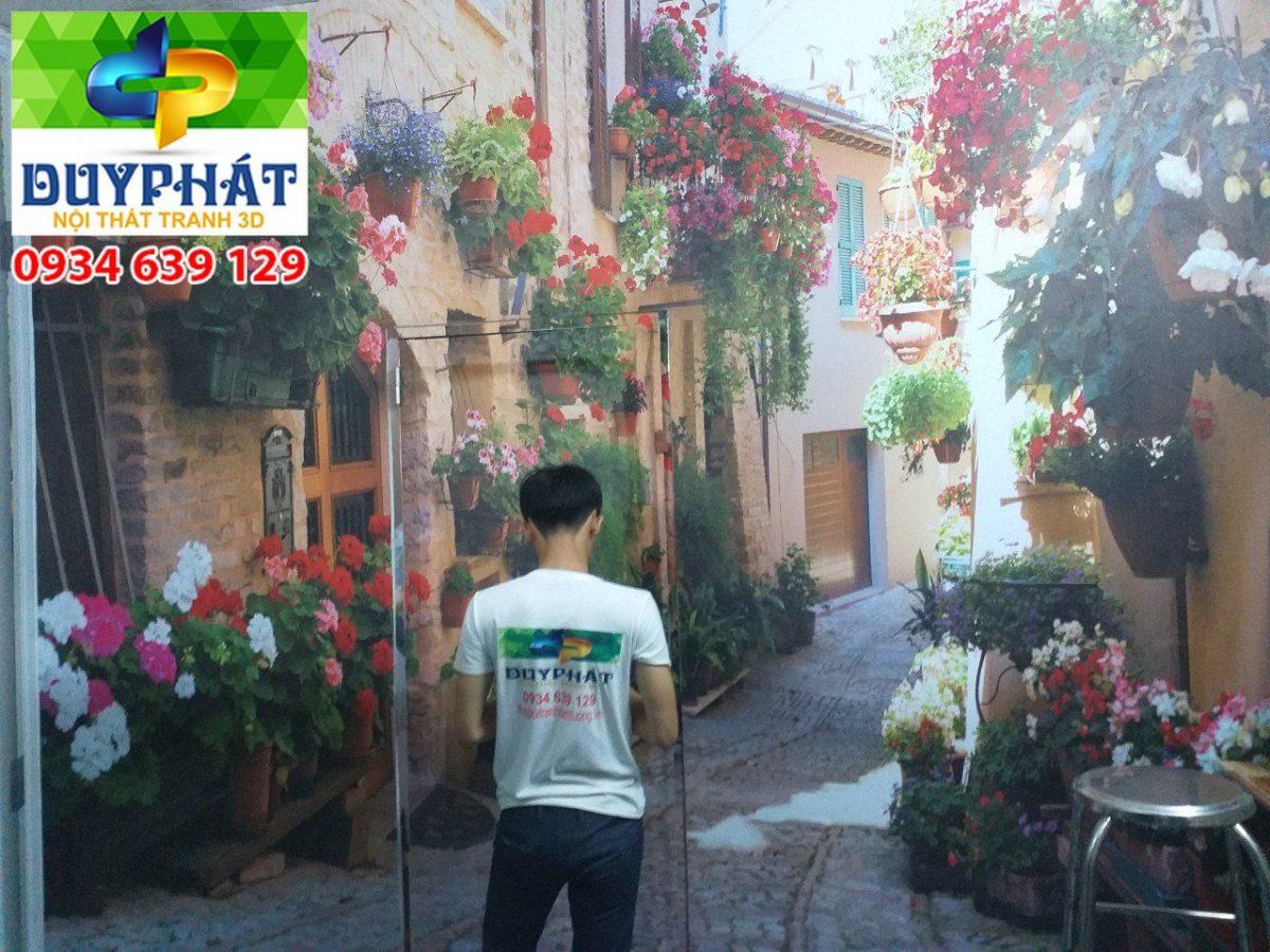Thi công tranh dán tường nhà anh Quang quận 11